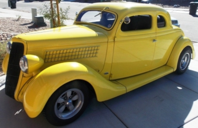 1935 Ford 5 Window Coupe-OI-00298