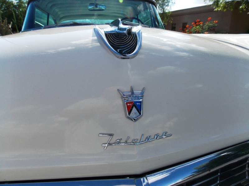 1956 Ford Fairlane Victoria Coupe-OI-00360