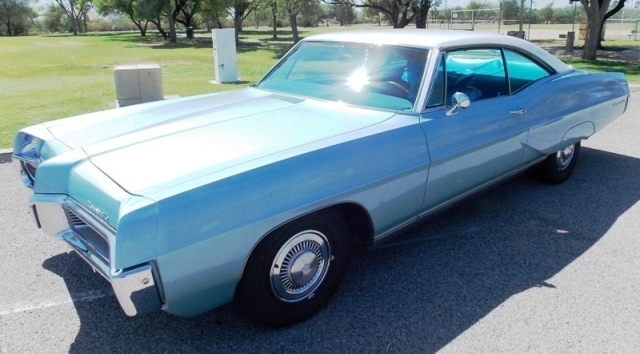 1967 Pontiac Bonneville two door Coupe -OI-00405